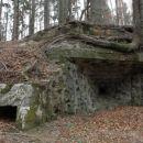 Bunker z jaškom za fotofoniko.