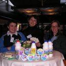 Slovenian girls at European dairy week - Wageningen 2006