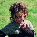 Pogled, ki se vtisne v srce. Kurdska deklica, Turčija
