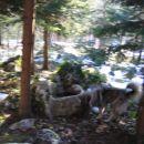 Čajkin priljubljen kotiček na pol poti ... običajno je v tej skali voda, danes pa je Čajka