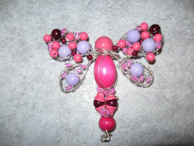 15 Broška roza-vijola metuljček žica+perlice+les*