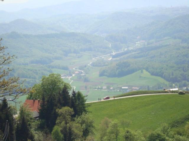 Pohod na Donačko goro 25. 4. 2009 - foto