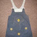 Oblekica z našitimi rožicami (kot nova) 110  3€