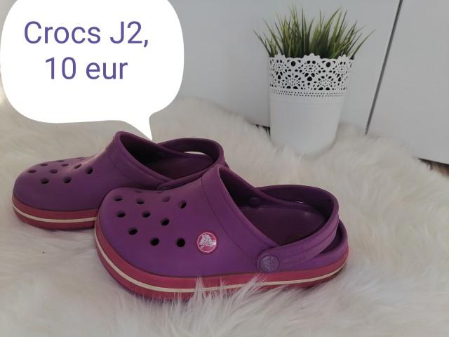 Crocs  32/33