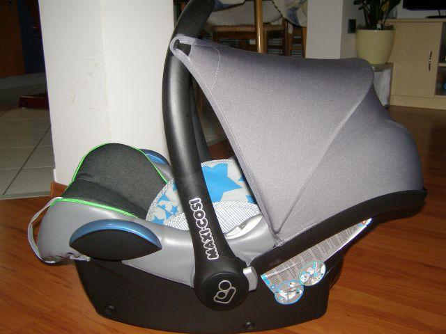 pin maxicosi maxi cosi voetenzak cabriofix crossed lines on pinterest. Black Bedroom Furniture Sets. Home Design Ideas