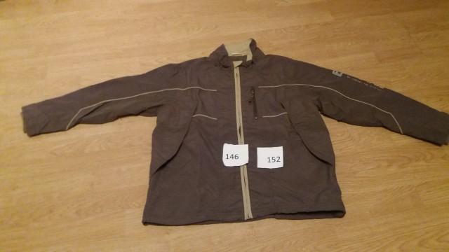 8 € prehodna jakna