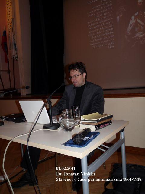 01.02.2011 Dr. Jonatan Vinkler - foto