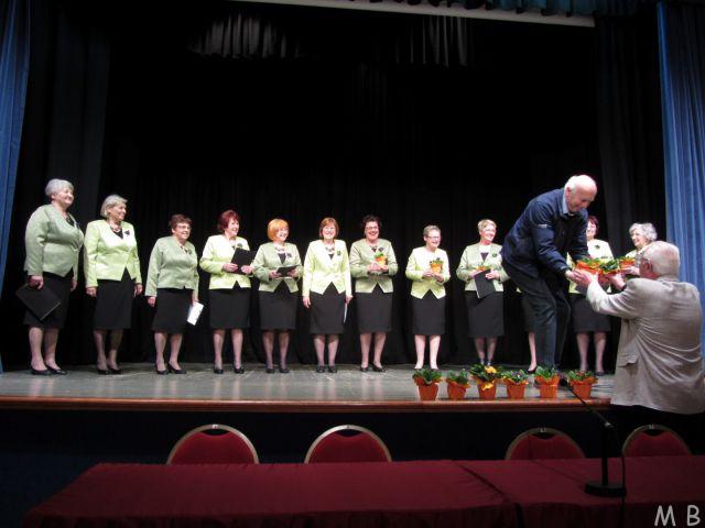 Pevski zbor U3-NEK nas je razveselil s čudovitim nastopom.