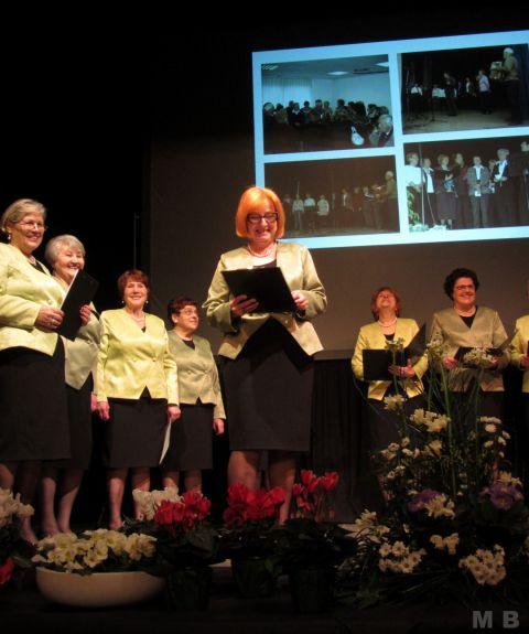 8. 3. Pevski zbor Utrinek - foto