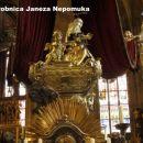 Katedrala sv. Vida - grobnica sv. Janeza Nepomuka