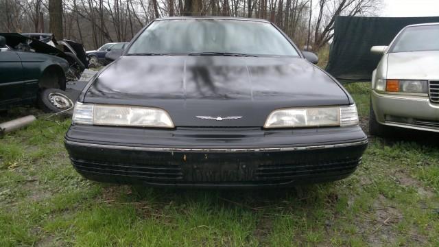 Ford thunderbird - foto