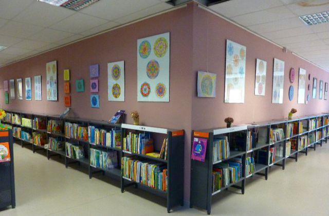 Razstava mandal v Knjižnici Šiška