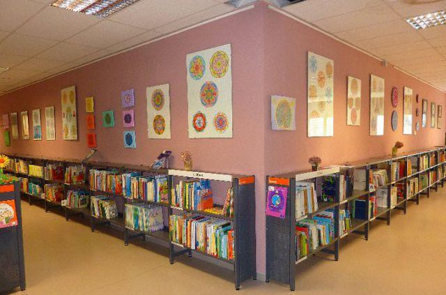 Razstava mandal v Knjižnici Šiška - foto