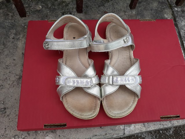 Dekliški sandali Ciciban št. 34 - 8 EUR