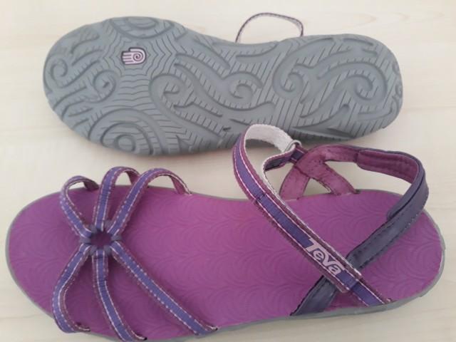 Dekliški sandali TEVA št. 36 - 35 EUR