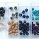 Perle v kompletu s skatlico Cena 5€