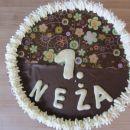 Torta, narejena s pomočjo folije za čokolado