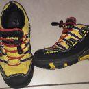 lahki pohodni čevlji Alpina št. 28