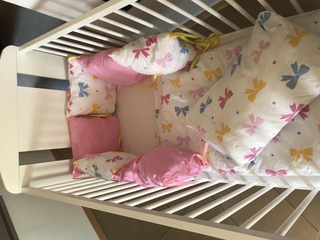 Posteljica 120x60 posteljnina in obroba jogi - foto