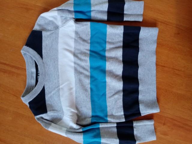 Pulover št. 92 - 3€