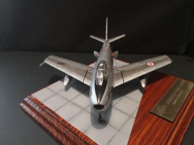 North American F-86F/E(M) - foto