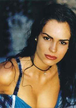 Scarlet Ortiz - Camila - foto povečava