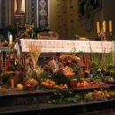 Kodeljevo - oltar - zahvalna nedelja 2007