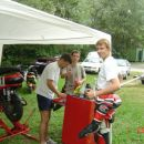 možje postave :P Daniel (šefe), Tomaž, Luka (mladič :P )