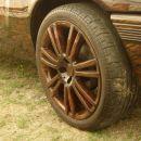Lesene feltne? Opel Kadet v  vikinški preobleki.