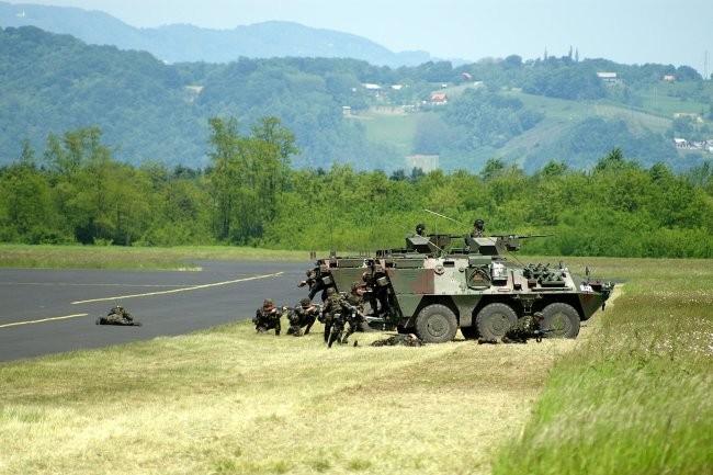 Dan slovenske vojske 06 - foto povečava