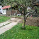 42km (40km+2km) - pri odcepu za Meliše, pri hiši HOMEC 20.