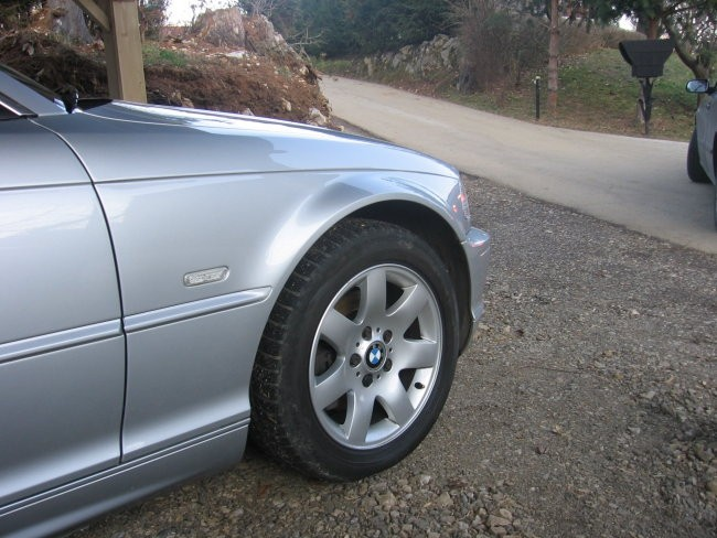 BMW 323Cic - foto povečava