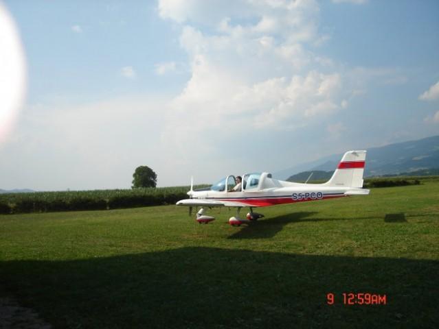 Letalo - foto