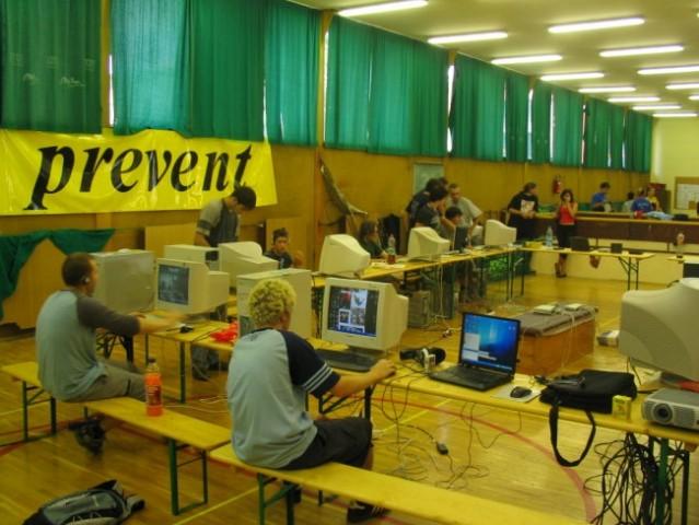 Lan party radlje 2005 - foto