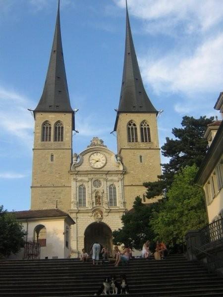 Cerkev v Luksemburgu