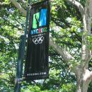 NY je eden od moznih prizorisc olimpijskih iger 2012 - povsod odstevajo dneve do koncne od