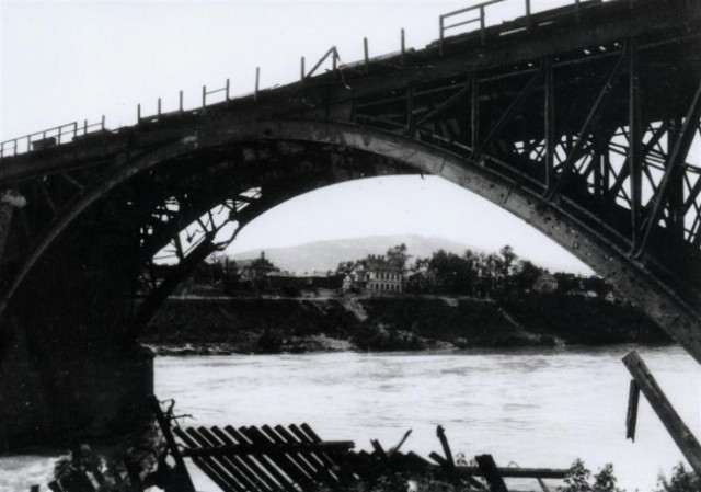 Pesniški_viadukt_Bombardirani_maribor - foto