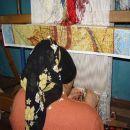 Ročno izdelovanje svilene preproge - le 1 m2 na leto