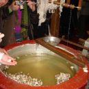 Pridobivanje svilene niti iz kokonov sviloprejke