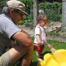 moj dedi - delama bazenčka - junij 2007