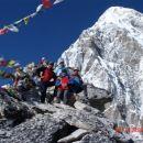 vrh Kala Patar, zadaj Pu Mori