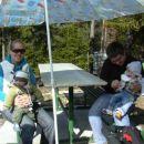uživam na vikendu v zelo sončnem vremenu (24.2.2008) povabil sem tudi svojega prijatelja A