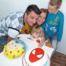 Maj in Mia praznujeta rojstni dan :)