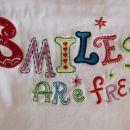 majica 98  Smiles are free :)