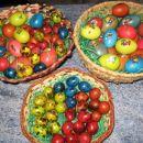 pobarvana jajčka
